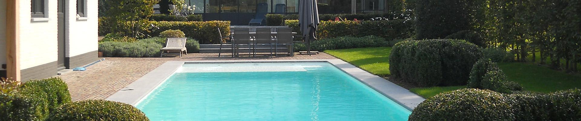 Trendy aanleg zwembaden with opbouw zwembad laten plaatsen for Inbouw zwembad rechthoek